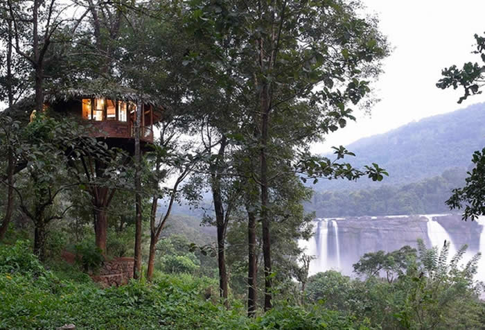 Treehouse facing Waterfalls in Athirappilly