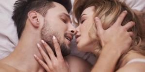 6 Things Women SECRETLY Think While Having Sex!