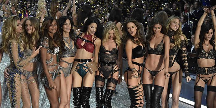 7 things the Victoria Secret models ACTUALLY do pre-fashion show