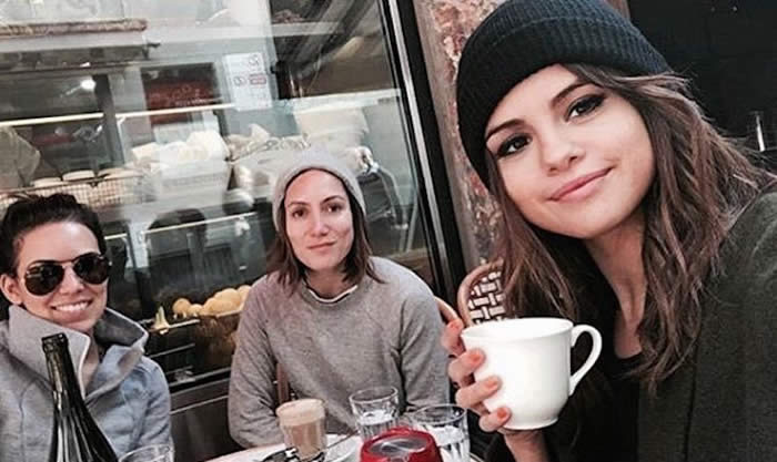 Selena Make time for your friends—and good food