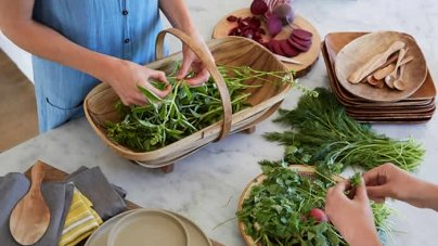 8 Healthy Foods Nutritionists Say You Should Be Eating