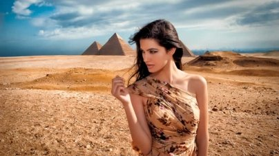 Top 10 Most Beautiful Arabian Women Celebs