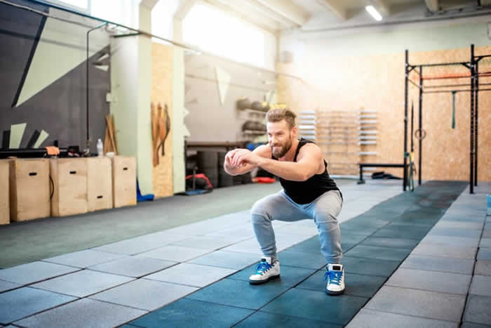 The 8 Best No-Equipment Moves to Get Stronger