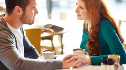 7 Signs To Know That She Wants To Marry You