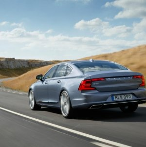 48 Hours With Volvo's S90