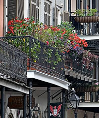 romance-of-balconies