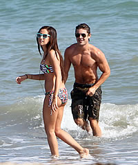 ashley-tisdale-and-zac-efron-claim-to-be-friends-only