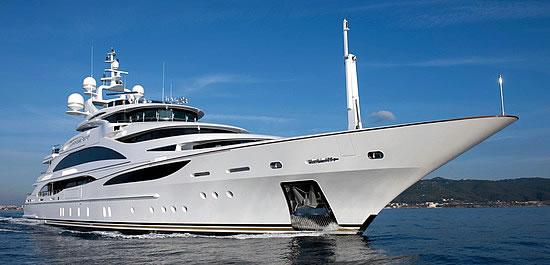 Benetti Diamonds are Forever Boat