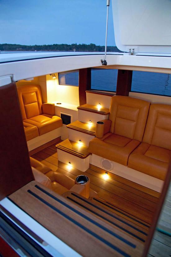 Hodgdon Yachts Hull 413 Limousine Pics