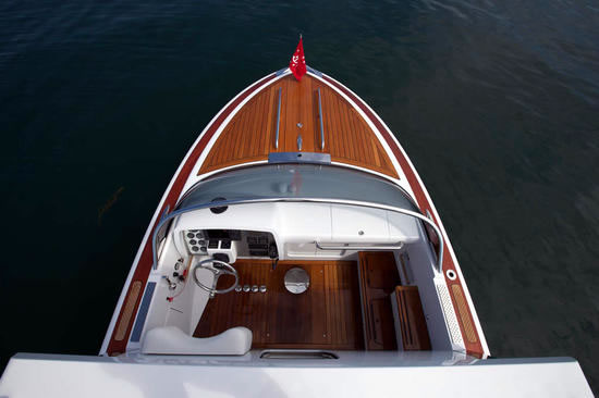 Hodgdon Yachts Hull 413 Limousine
