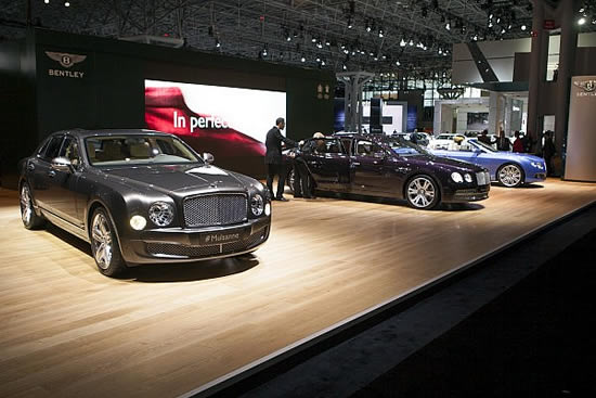 2014 Bentley Flying Spur Images