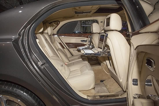 2014 Bentley Flying Spur Photos