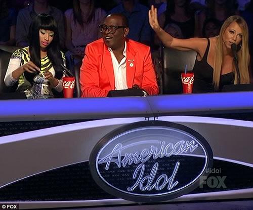 Nicki Minaj taunts Mariah Carey