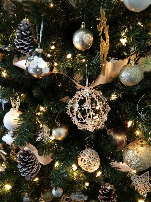 Ornaments Tree