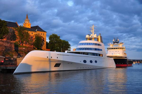 superyachts Dubai
