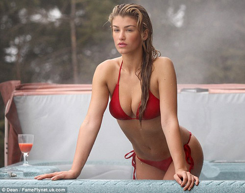 Amy Willerton hot pic