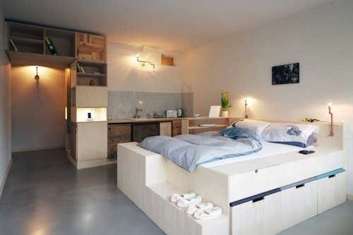 Alternative Hotel Bedroom