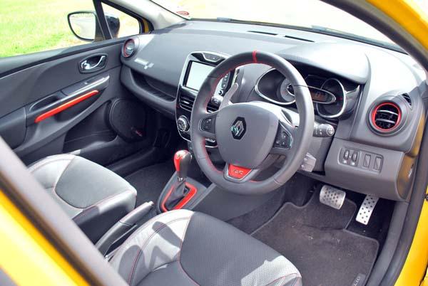 2014 Renault Clio car