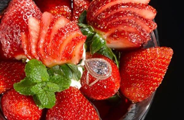 Strawberries Arnaud