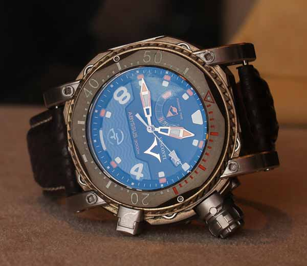 Visconti Abyssus dive watch