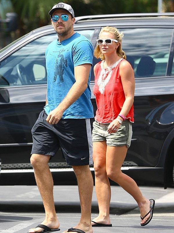 Britney_Spears_and_David_Lucado_12