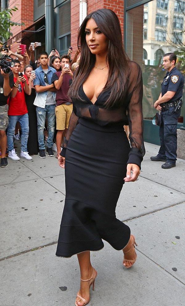 Hot_Kim_Kardashian_11