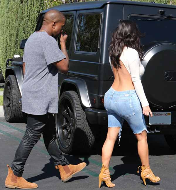 Kim_Kardashian_with_Kanye_West_1