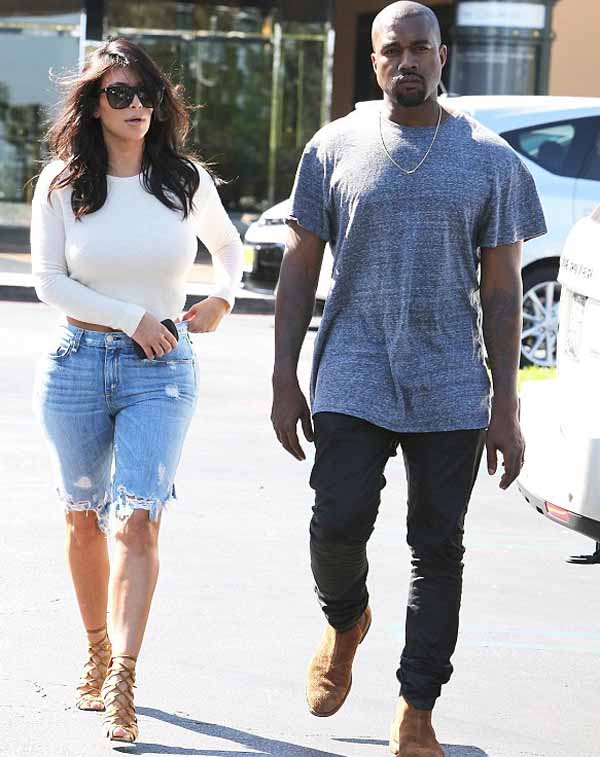 Kim_Kardashian_with_Kanye_West_4