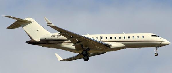 Bill_Gates_Bombardier_BD-700_Global_Express
