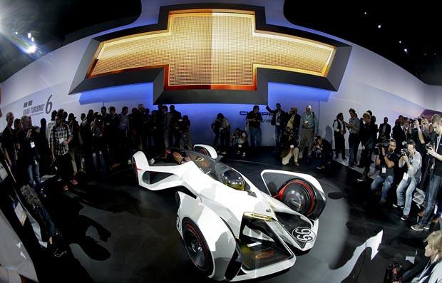Chevrolet_240mph_concept_car_1