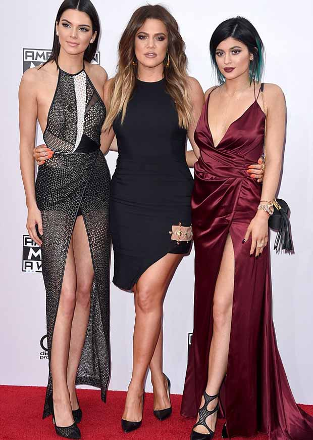 Kendall_and_Kylie_Jenner_and_Khloe_Kardashian_2