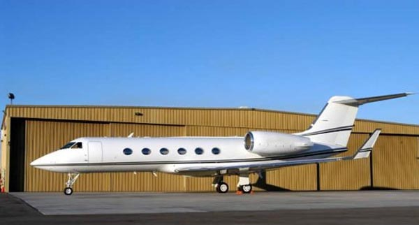 Tom Cruise, Gulfstream IV