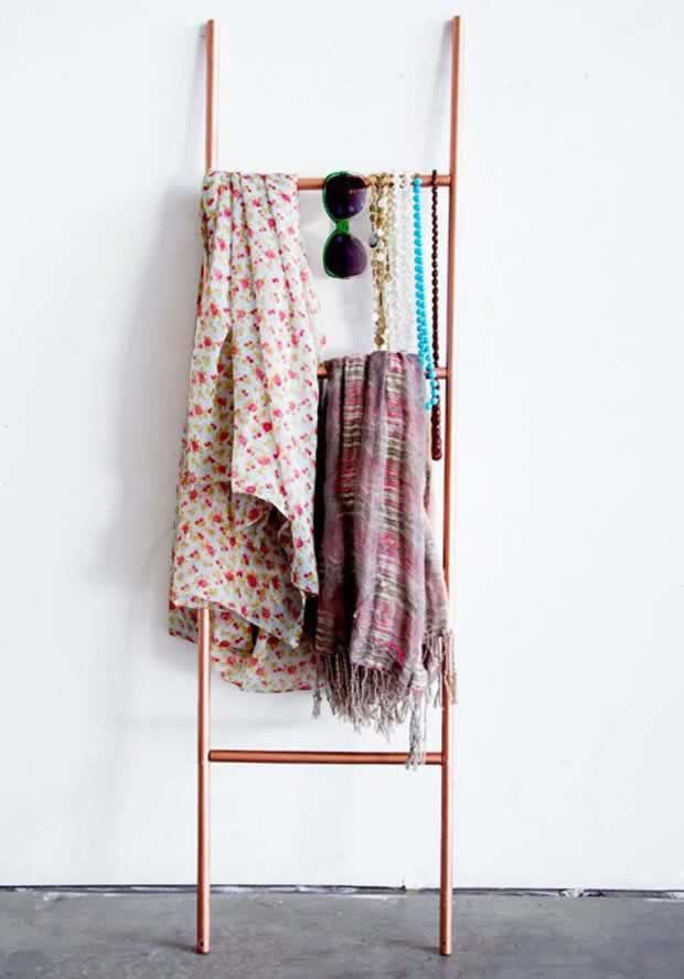DIY SCARF LADDER STORAGE