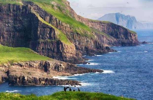 THE_FAROE_ISLANDS