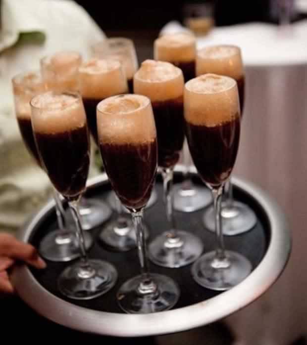 drinks-adult-root-beer-floats