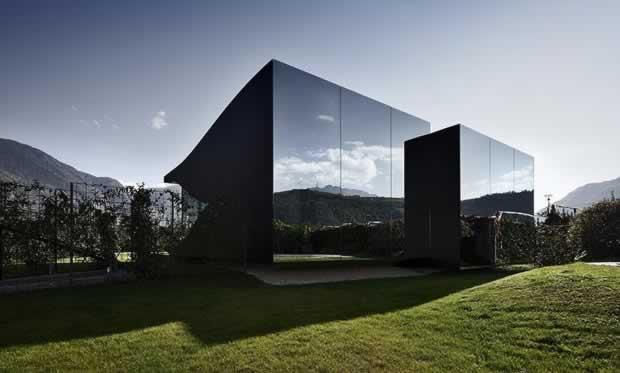 mirror_house_01