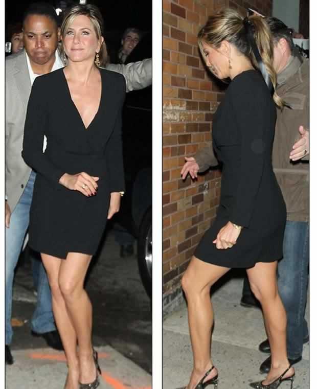 Jennifer_Aniston_Daily_Show_Jon_Stewart_NYC_5