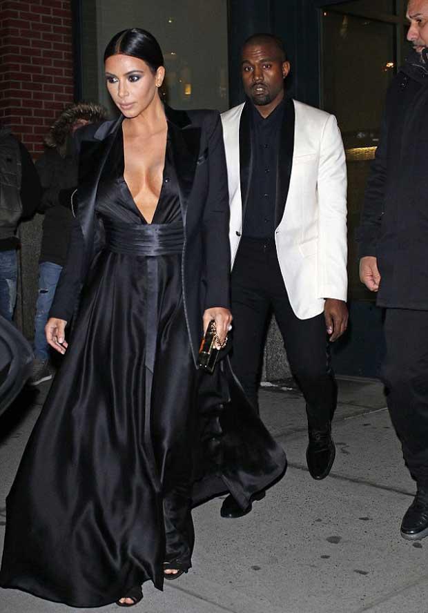 Kim_Kardashian-cleavage-baring_dress_with_Kanye_West_2