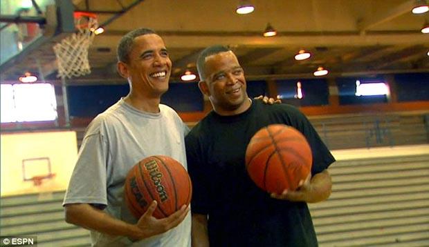 Stuart_Scott_and_President_Obama_ESPN