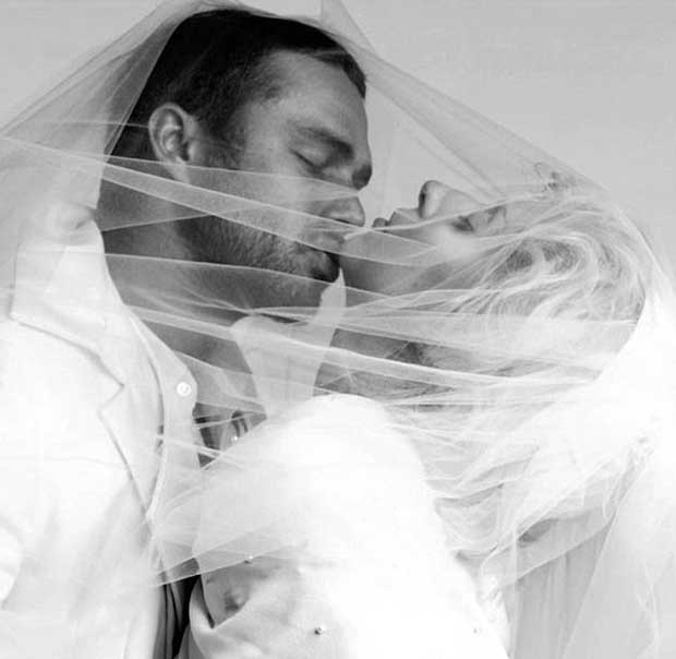 Taylor_Kinney_proposed_Lady_Gaga_5