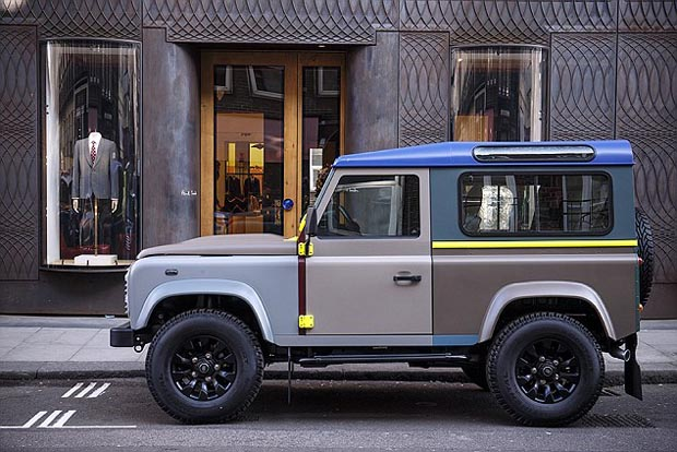 Land_Rover_Defender_Paul_Smith_5