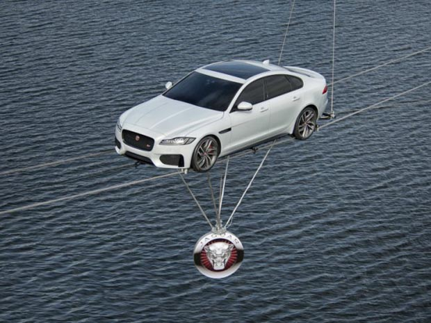 new_Jaguar_XF_sedan