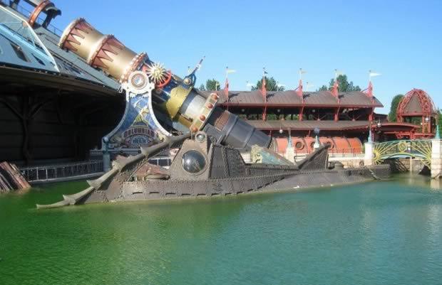 Super Submarine