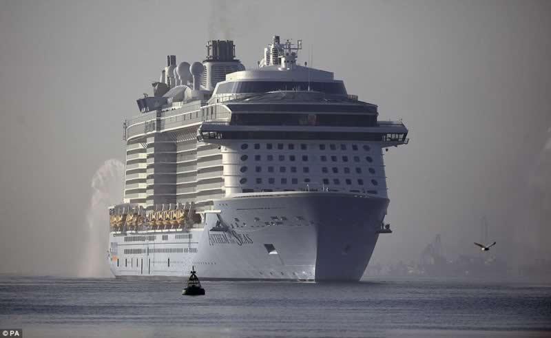 world_third-largest_cruise_ships_3