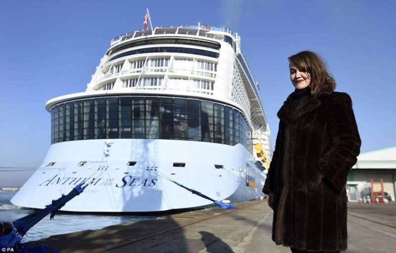 world_third-largest_cruise_ships_5