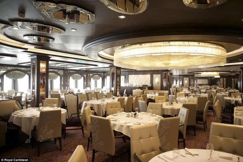 world_third-largest_cruise_ships_9