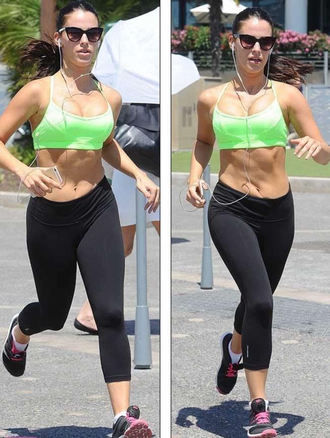 Jessica_Lowndes_neon_green_sports_bra_4