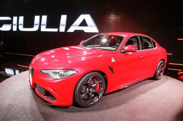 2015 Alfa Romeo Giulia revealed