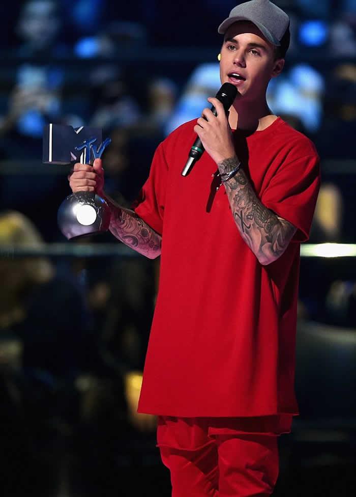 Justin Bieber Win MTV