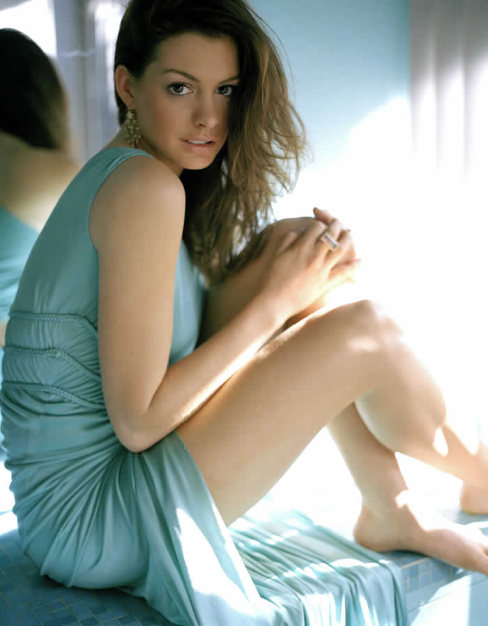 Anne - Anne Hathaway Photo